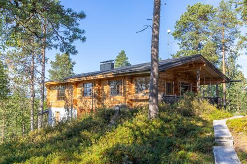 Summer - The White Blue Wilderness Lodge