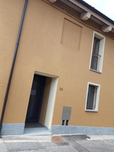 Appartamenti il borgo girasole - Hotel - Busca