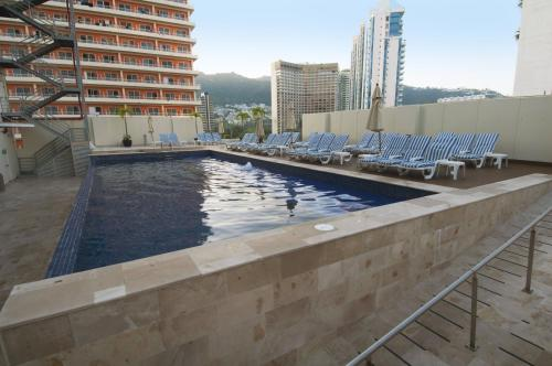 . One Acapulco Costera