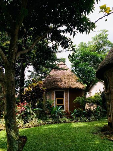 . Kaz Garden Cottages