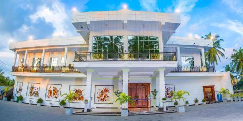 . Aurora Banquet and Hotel