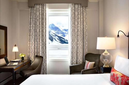 Fairmont Queen Room with Two Queen Beds and Lake View