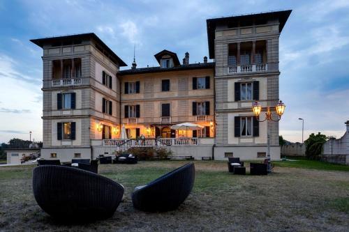 . Hotel Villa La Bollina