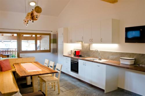 Seppnerhof Ferienwohnung Edelweiss - Apartment - Pfelders