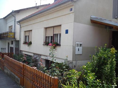 . Apartments with WiFi Daruvar, Bjelovarska - 17093