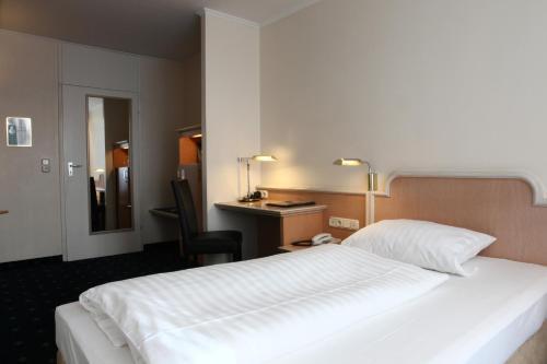 Hotel Ambiente Garni photo 10