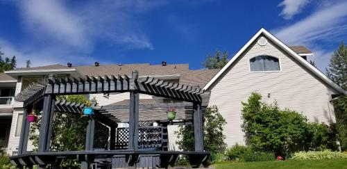 Silver Star Bed and Breakfast - Accommodation - Vernon