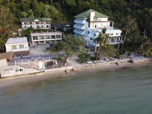 . Mam Kaibae Beach Resort