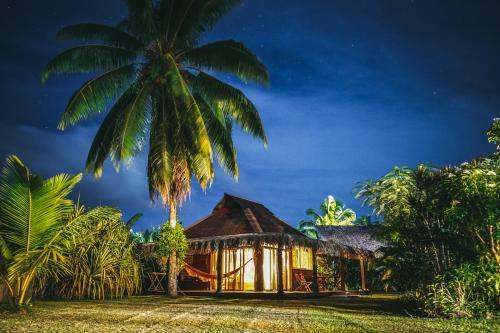 . Bungalow Bali Hai