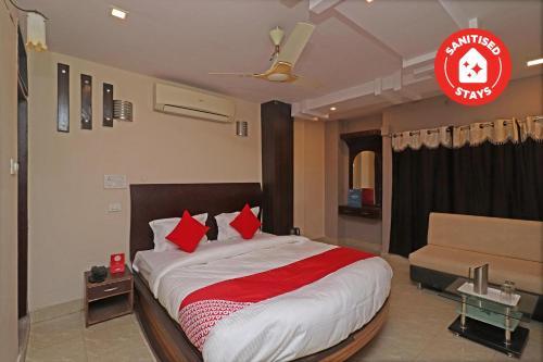 . OYO 29345 Hotel Samrat