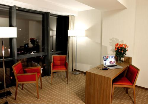 Junior Suite met Uitzicht op de Stad (Junior Suite with City View)