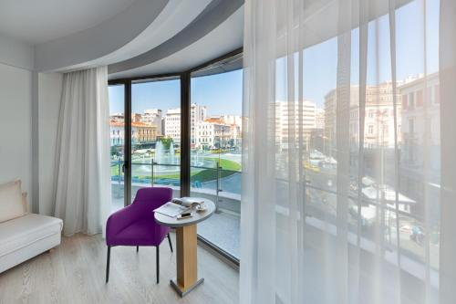 Photo - Athens Tiare Hotel