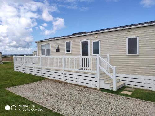 Chy Golyow ( Holiday Home), Perranporth, Cornwall