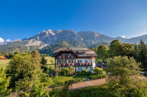 Appartementhaus Sonne - Apartment - Ramsau am Dachstein