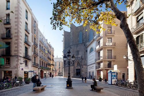 Inside Barcelona Apartments Esparteria photo 8