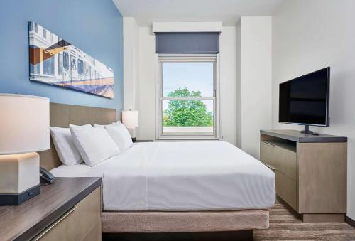 1 Bedroom Suite, 1 King Bed