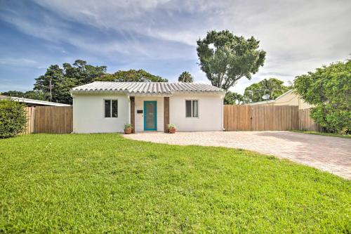 Modern Escape with Yard Less Than 4 Mi From the Beach! - image 4