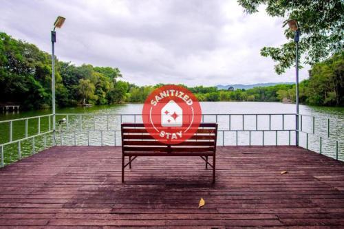 . OYO 479 Water Jade Natural Resort