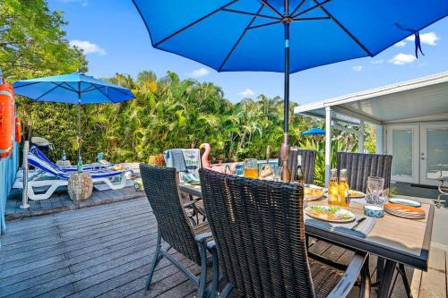 WEEKLY DISCOUNT VILLA TROPICANA DIGSIFY RAPIDS WATER PARK PRIVATE HEATED POOL BBQ BEACHES KING BED S