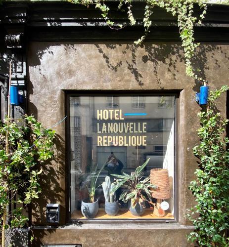 Hôtel La Nouvelle République - Hôtel - Paris