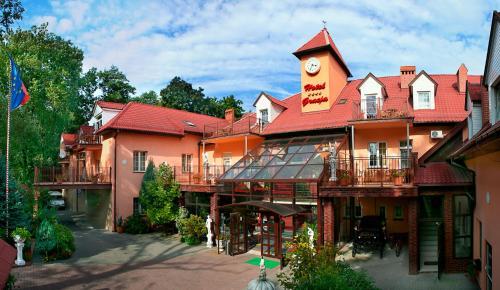 . Hotel Gracja
