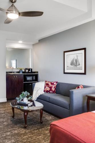 Ayres Suites Mission Viejo - Mission Viejo, CA CA 92673