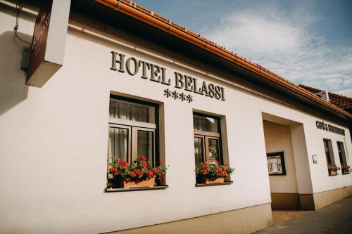 . Hotel BELASSI