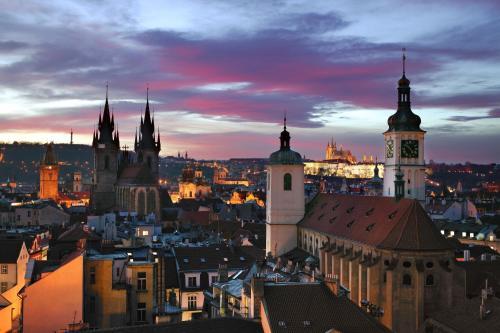 U Obecniho domu 1, Prague, 110 00, Czech Republic.