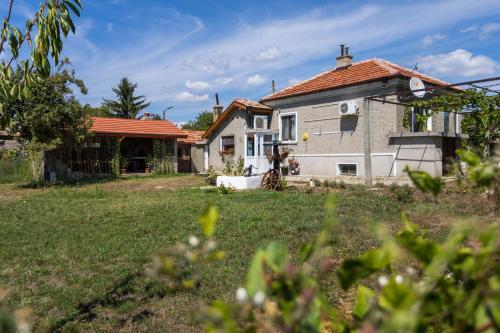 Къща за гости Ilios