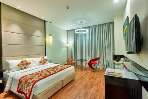 Deluxe Double Room With 10% off on Food & Soft Beverage