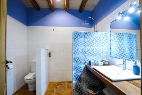 Double or Twin Room Bajo El Cejo 4
