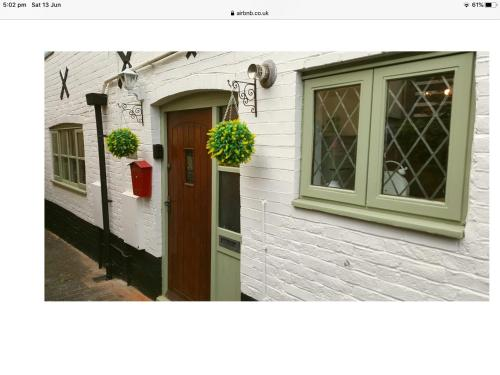 1 The Mews Cottages