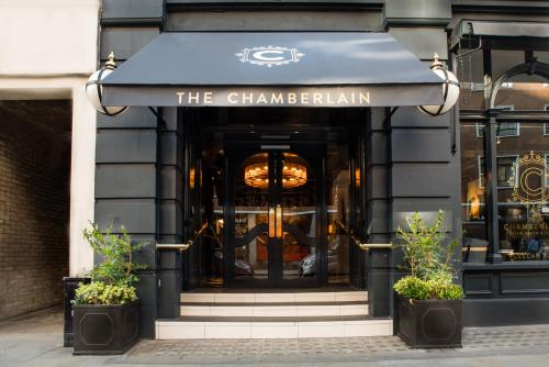 The Chamberlain, Tower Hill