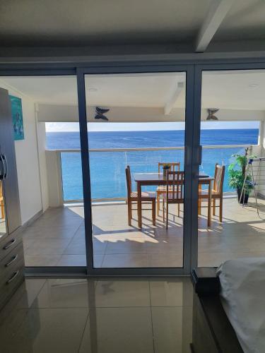 . Blue View Apartments