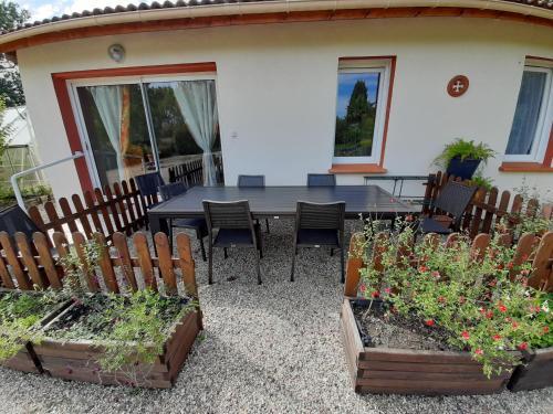 la roseraie - Location saisonnière - Montauban