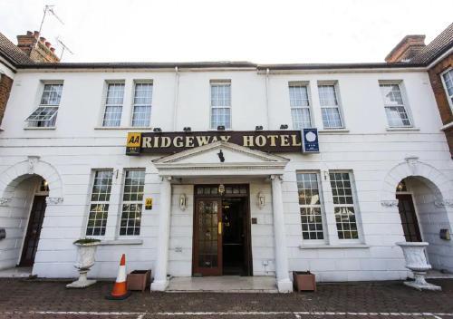 Oyo Ridgeway Hotel