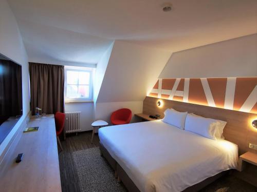 . Hôtel Restaurant Au Boeuf - Room service disponible