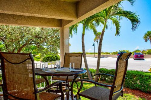 . 1 - Beach Club At Pass-A-Grille