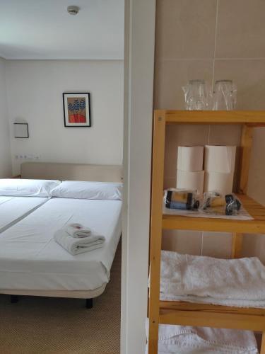 Habitación cuádruple Hotel Arrope 5