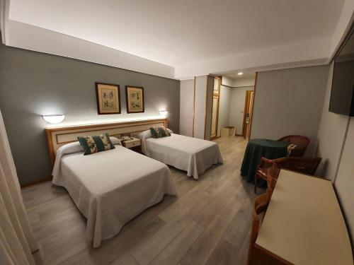 . Hotel Jopi