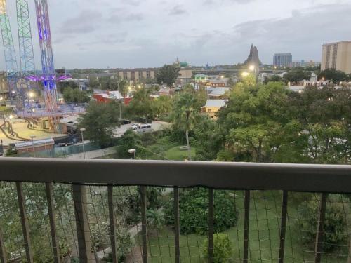 Condotel by Universal Studios-The Enclave
