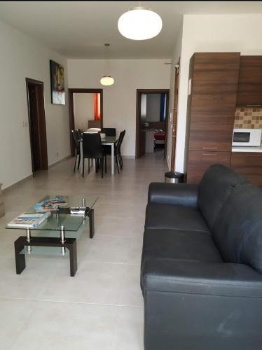 Hillock Residence Gozo