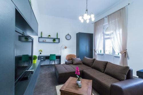 Gróf palace Apartman, Pension in Szeged