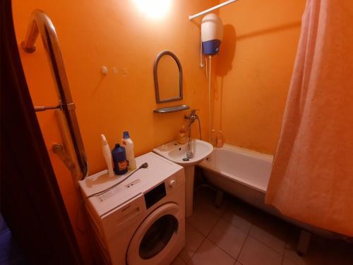 Клыкова 52 двух ком квартира, Kursk