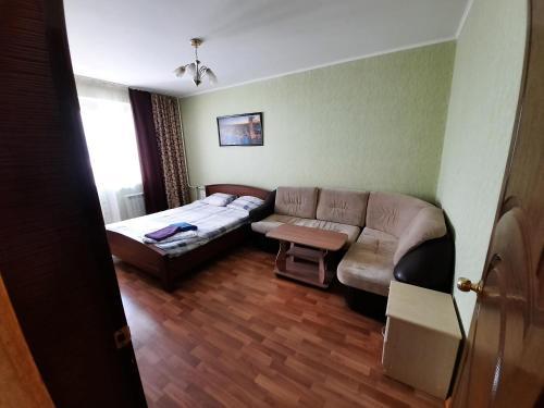 . Клыкова 52 двух ком квартира