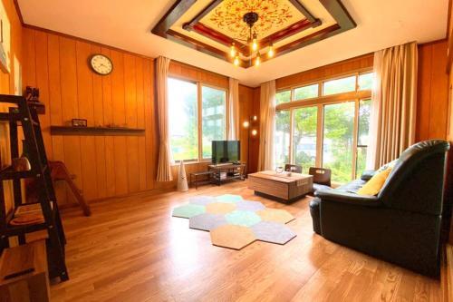 Manyi's Onsen House