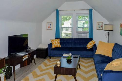 Modern Apartment Less Than 1 Mi to Downtown Montclair