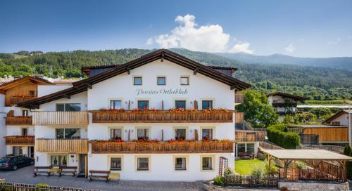 Ferienwohnungen Ortlerblick - Apartment - Malles Venosta