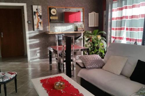 Appartement T2 classé 3 étoiles - Location saisonnière - Néris-les-Bains