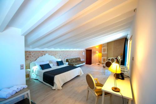 Suite Superior Bennoc Petit Hotel 34